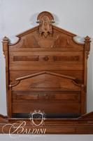 Early Victorian Carved Bed with Burl Panels and Carved Medallion Crest