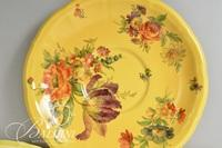 Swiss Hand Painted Yellow and Floral Set in the Nove Manner