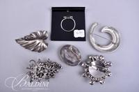 (7) Brooches Including Rhinestones, Silver Tone and Crochet