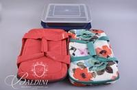 (2) Covered Casseroles with Tote and (3) Other Covered Bakeware