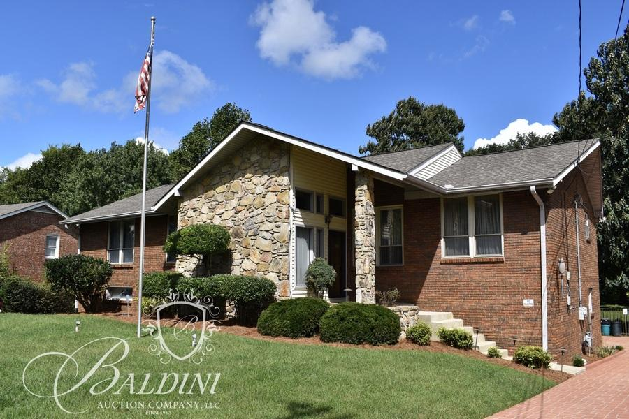 Online Auction of Home Located at 5903 Port Anadarko Trail in Hermitage Tennessee