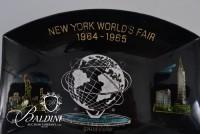1964-1965 New York World's Fair Collector's Plate and Commemorative Coin
