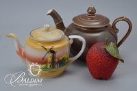 (2) Ceramic Teapots